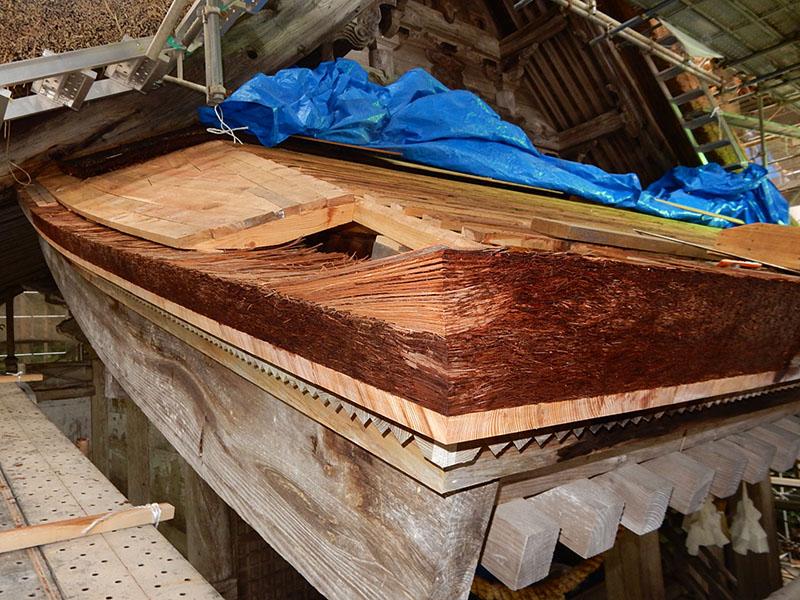 檜皮葺 軒積み