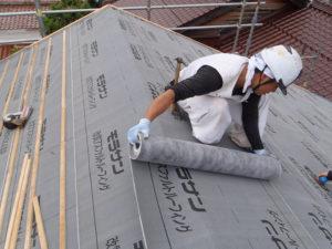 屋根仕舞い